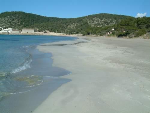 пляж Las Salinas, на Ибице (Испания)