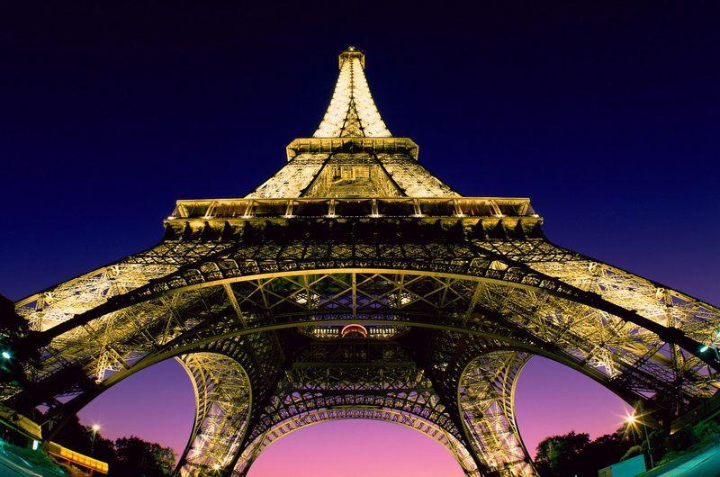 Эйфелева башня Франция
