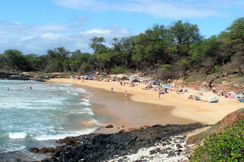 Фото - Пляж Little beach на Гавайях