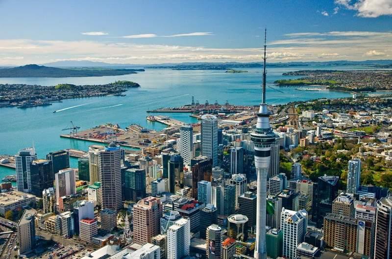Окленд, крупнейший город страны