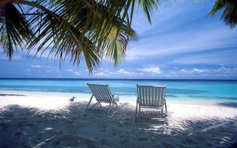 Куда поехать отдыхать на море в апреле