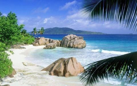 Куда поехать отдыхать на море в июне