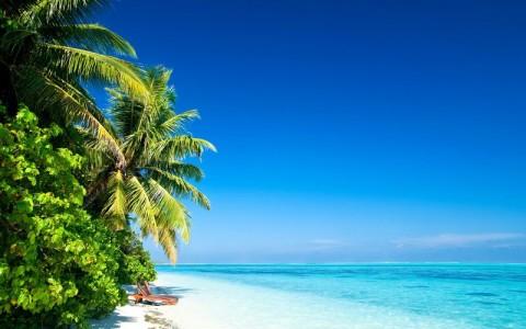 Куда поехать отдыхать на море в мае