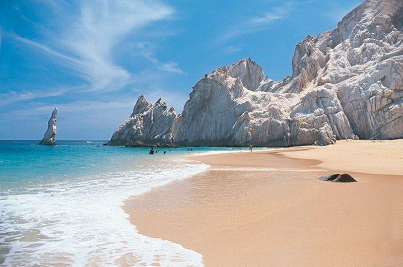 Пляж влюбленных