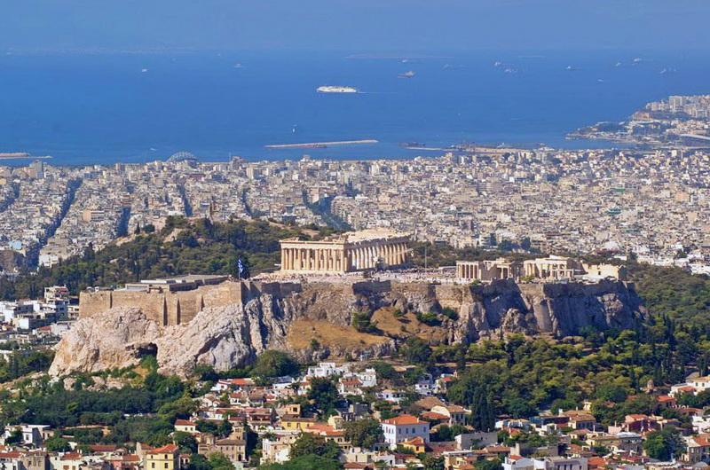 Афины. Вид на город и Акрополь