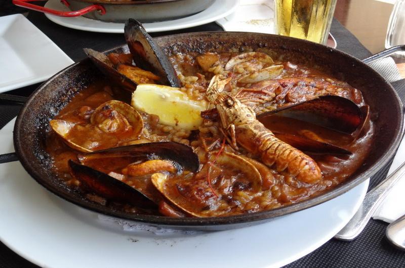 Паэлья - национальное испанское блюдо