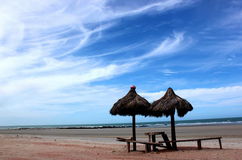 Пляж Понта ду Мел (PontadoMel)