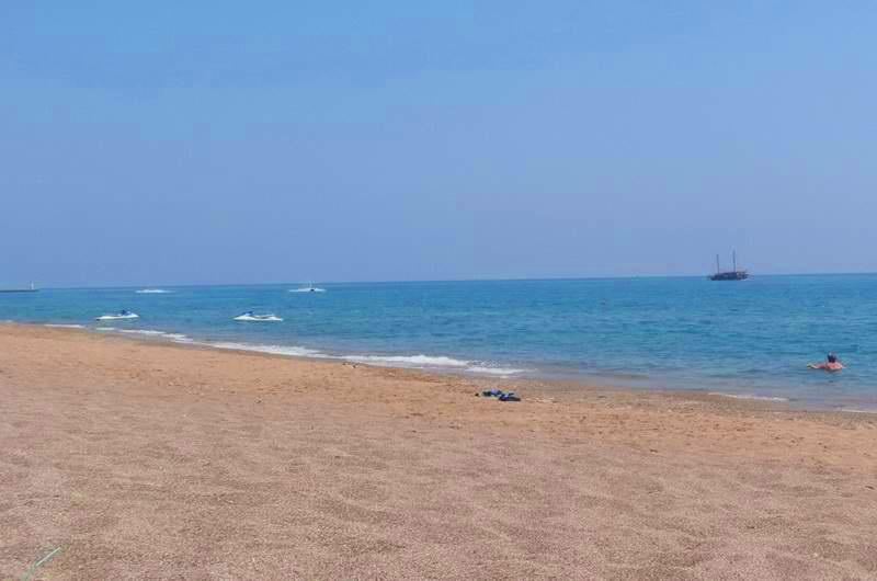 Пляж Буйюк, Сиде