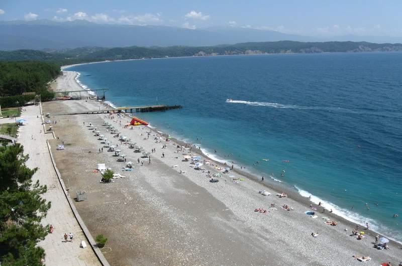 Пляжи Пицунды