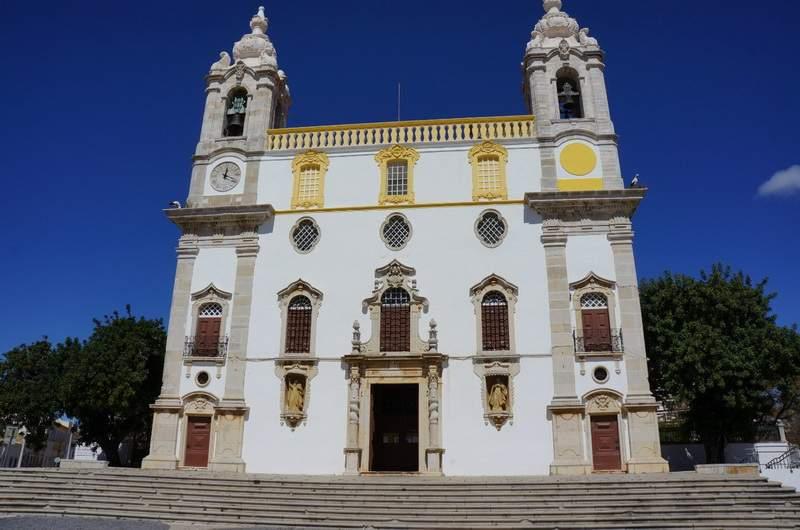 Церковь Кармелитов в Фару