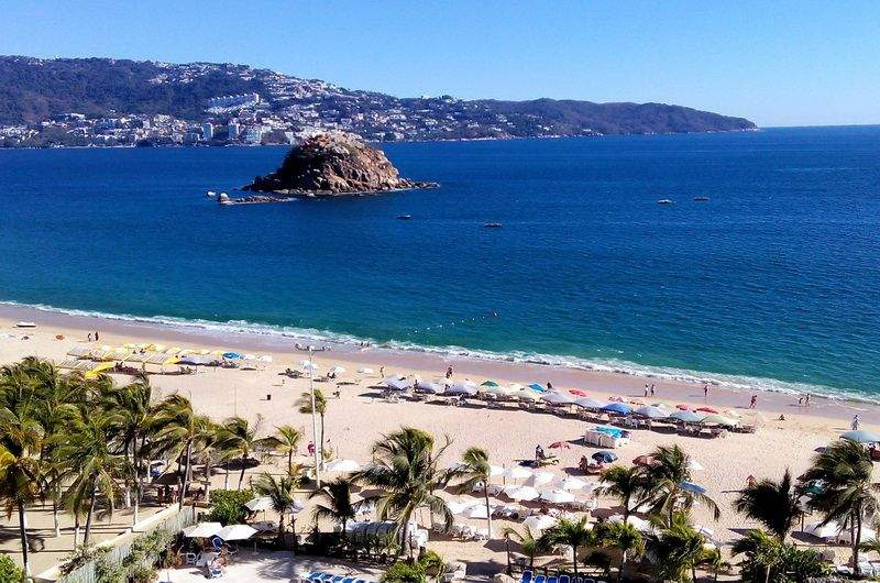 Пляжи Акапулько фото
