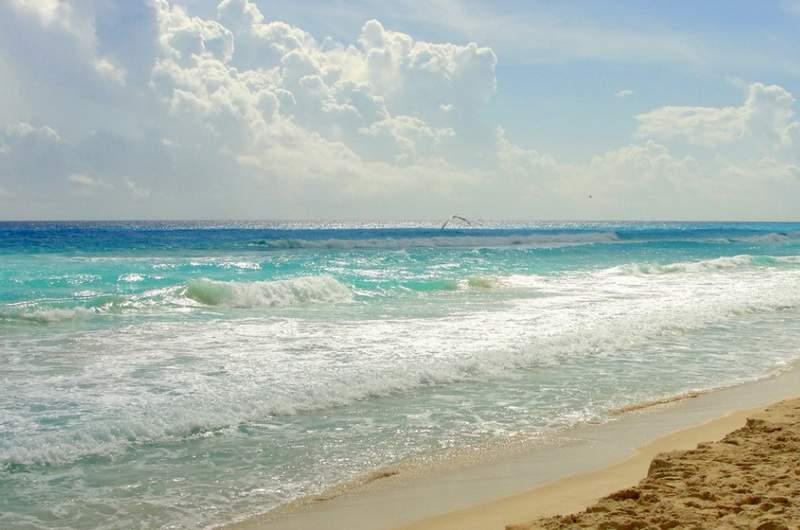 Пляж Whale Канкун