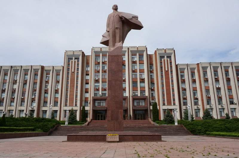 Тирасполь. Памятник Ленину