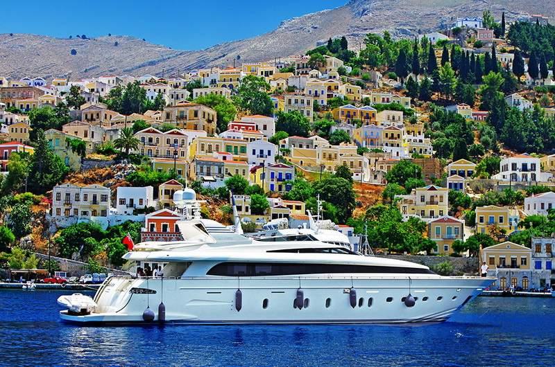 Прогулки на яхтах и катерах в Греции