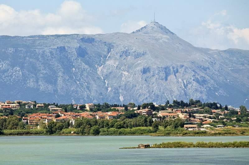 Корфу. Гора Пантократор самая высокая точка о.Корфу 906м
