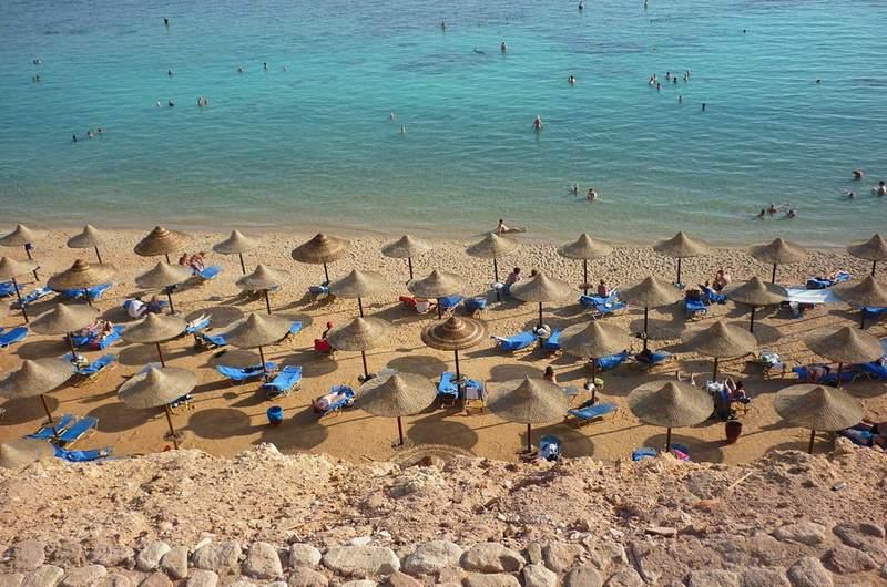 Пляжи Наама бей