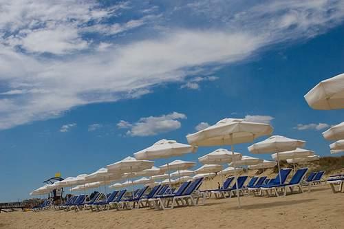 Полоса пляжа курорта Солнечный берег - Cacao Beach