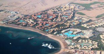 Мадинат Макади вид на курорт