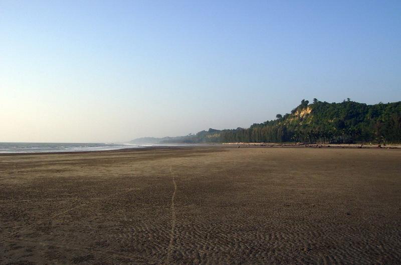 Пляж Кокс Базар (Cox's Bazar Beach) в Бангладеш
