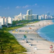 Южный пляж (South Beach) в Майами, США