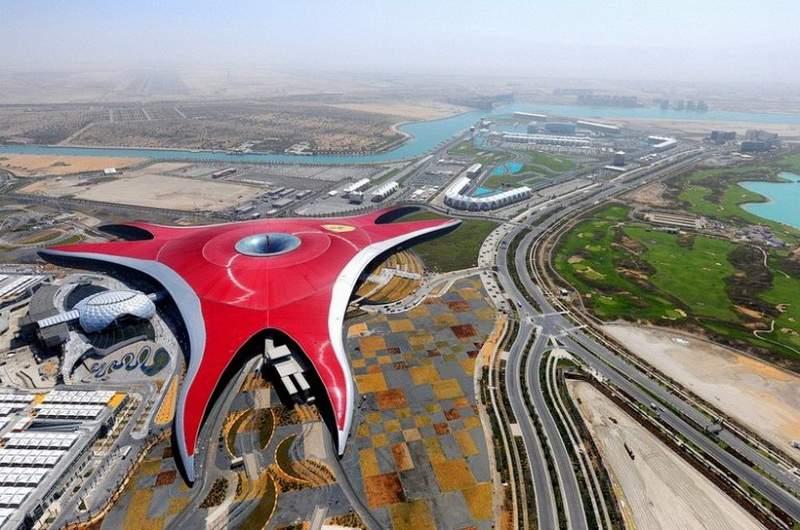 Фото Парк Феррари в Абу-Даби