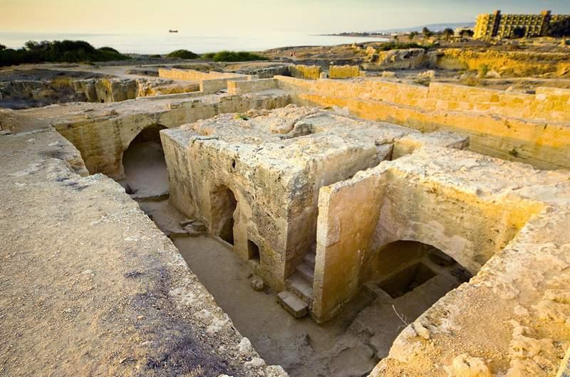 Гробницы царей
