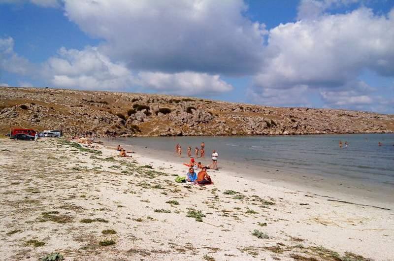 Нудистский пляж на мысе Казантип, Щелкино