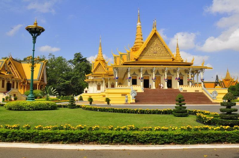 Комплекс Королевского дворца. Пном-пень