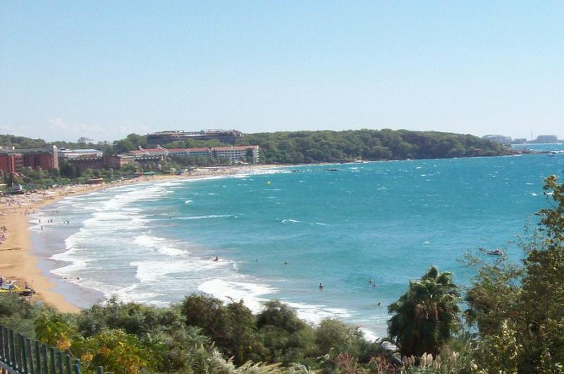 Пляж Инжекум