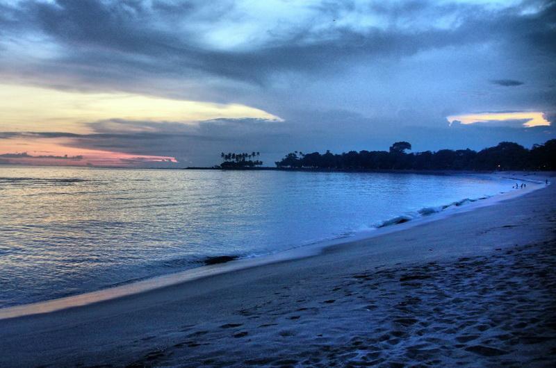 Единственный курорт на острове деревня Сенгиги