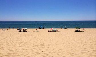 Пляжи в Фару