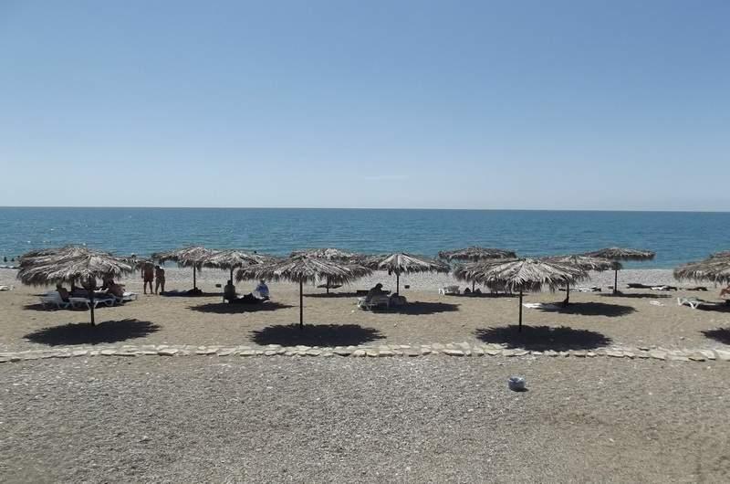 Городской пляж Гудауты