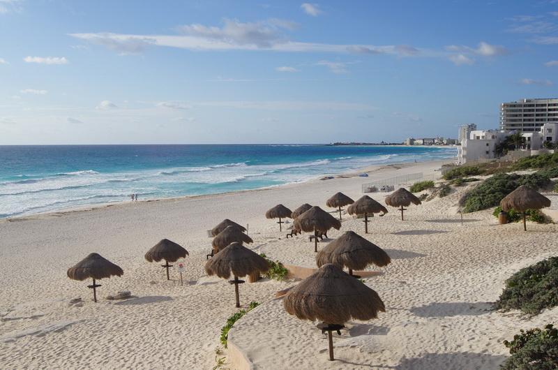 Пляж Delfines Канкун