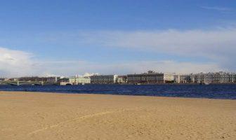 Пляж у Петропаловской крепости