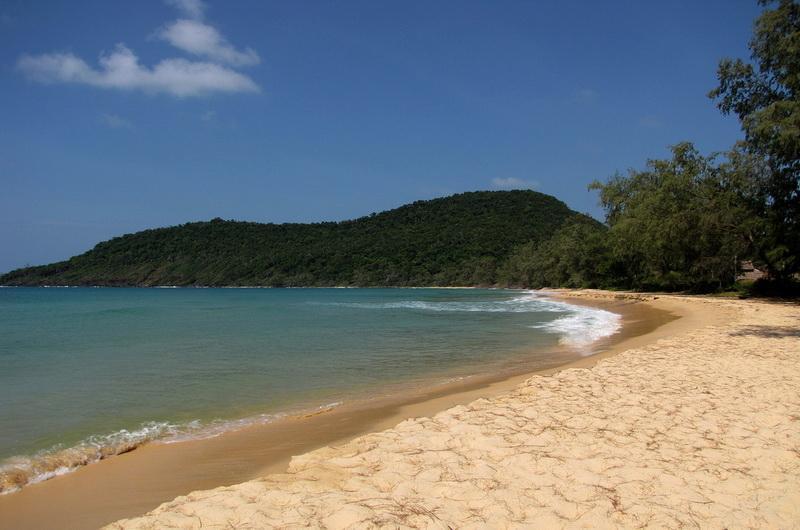 Ленивый Пляж, Koh Rong Saloem