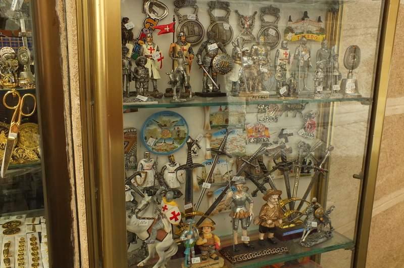 Сувениры из толедской стали