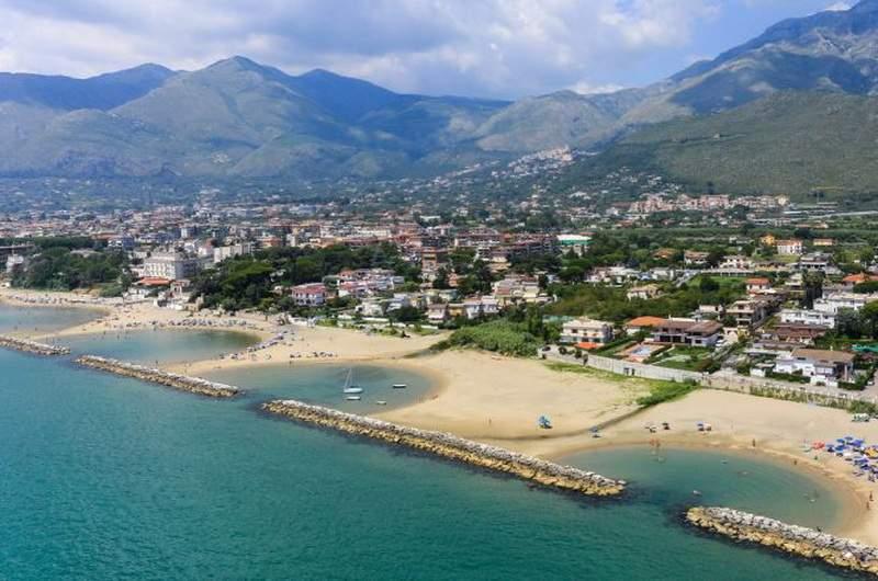 Пляжи Формии